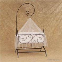 pingl par graziella pierre leandre sur berceau et landau anciens pinterest berceau lit. Black Bedroom Furniture Sets. Home Design Ideas