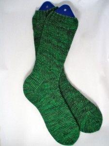 Bumpy Road Socks: free pattern from fibrespace