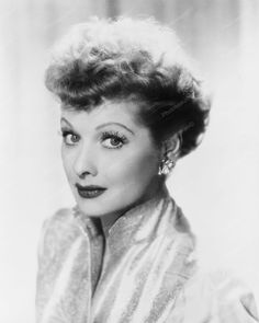 Lucille Ball Classic Portrait 8x10 Reprint Of Old Photo