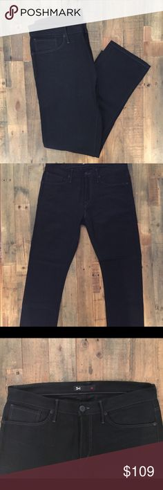 """3x1 Men's M3 Slim Fit Black Selvedge Jeans Size 34 *Perfect Condition - NO Flaws!* 3x1 Men's M3 Black selvedge denim jeans are timeless. Classic sophistication meets New York cool, these 3x1's fit well for work or a late night out. Details: Size 34. Inseam 28"""". Black. Made in New York City. 3x1 Jeans Slim"""