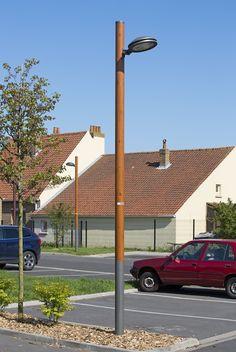 Candeliance - HAUTS DE FRANCE - Éclairage décoratif - luminaire LED sur patin - mât bois embase acier galvanisé thermolaqué