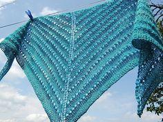No-fuss shade-loving shawl