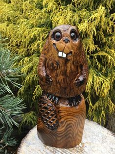 FUNNY CHAINSAW CARVED Beaver WOOD CARVING Beaver Statue ONE OF A KIND BEAUTIFULLY DETAILED CHAINSAW CARVING SCULPTURE RUSTIC LOG CABIN POND DECOR GARDEN DECOR OUTDOOR DECOR HOME DECOR ANIMAL WOOD CARVINGS. | eBay!
