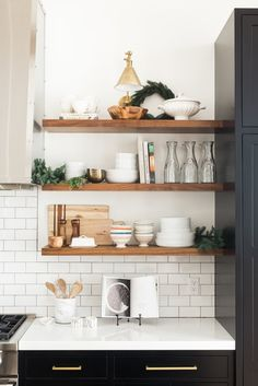 Boston Single Arm Library Light placed over open kitchen shelves. Love the styling on these shelves! Sweet Home, Kitchen Design Open, Kitchen Designs, Cuisines Design, Kitchen Interior, Apartment Kitchen, Kitchen Furniture, Condo Kitchen, Interior Plants