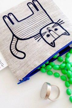 Cute cat purse from