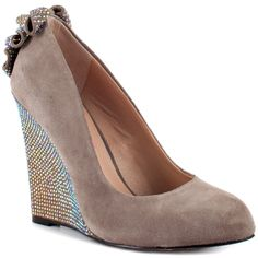 Chhase - Taupe Suede  Betsey Johnson