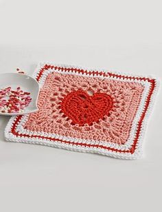 Free Heart Dishcloth: Crochet Pattern