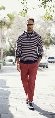 Add a pop of color to your look with our relaxed chino fit pants. Pair with a light weight sweater for a polished spring look | Banana Republic