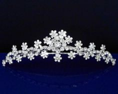 4d119276773bfa Amazon.com: SC bridal Tiara Comb With Crystal Flowers 71643: Beauty Bridal  Headpieces