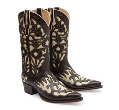 Sendra5529 | Judy Cafe. Pocas cosas quedan por decir de las botas Sendra Boots que no sepáis ya. Calidad, resistencia y un diseño espectacular son las características que hacen de estas botas un producto excepcional. There are few things to say about Sendra Boots that you don´t know already. Quality, resistance and a spectacular design are qualities which make these boots an excepcional product.  #Boots #Botas #Woman #Cowboy #Fashion