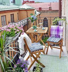 Идеальный столик для балкона