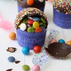 Piñata cupcakes: an easy idea that makes a happy birthday #foodgawker