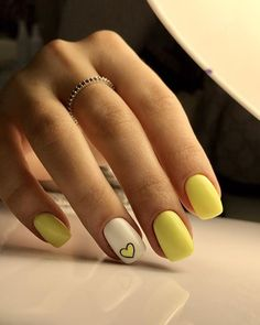 23 Great Yellow Nail Art Designs 2019 - Yellow Nails Design - Best Nail World Cute Nail Art, Cute Nails, Pretty Nails, My Nails, Yellow Nails Design, Yellow Nail Art, Cute Summer Nails, Best Acrylic Nails, Nagel Gel
