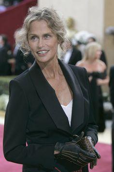Lauren Hutton, ein bekanntes Fotomodel aus den 70-ern, machte die Zahnlücke salonfähig