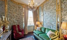 Apartments in the style of Louis XVI in London