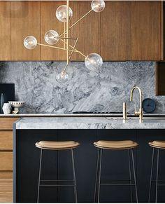 found by hedviggen ⚓️ on pinterest | kitchen | interior design | interior styling | walls | floor | modern | minimal | clean | wood | marble http://amzn.to/2jlTh5k