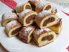 Orechovo-mandľové minizáviny (fotorecept) - recept   Varecha.sk French Toast, Deserts, Bread, Breakfast, Basket, Dios, Morning Coffee, Brot, Postres