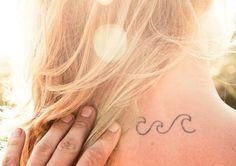 40 idées de petit tatouage discret sur de différentes parties du corps