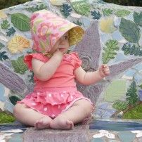 organic patio... a sun hat in GOTS certified organic cottons... for chemical free sun protection that's safe for you, your babe and our earth.