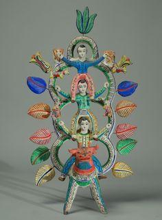 Equilibrio y armonía con gama de color   Heron Martinez Tree of Life | Colonial Arts