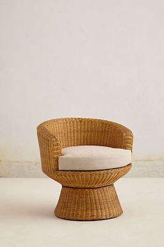 Anthropologie - Wicker Pedestal Chair