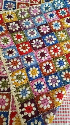 Pure Wool Granny Squares Daisy Blanket Afghan Sofa Throw 60 xCustom order so colours could be chosen by you. This colourful daisy inspired b.Granny square afghan My Mom made one of these in the pattern still pretty today! Granny Square Crochet Pattern, Afghan Crochet Patterns, Crochet Squares, Crochet Granny, Crochet Quilt, Crochet Motif, Crochet Doilies, Granny Square Blanket, Granny Squares