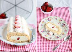 Erdbeer-Biskuitrolle3