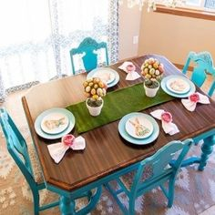 The #create4spring ladies want to see our florals. The #cozycolorfulchicks want to see us #springithome, #hellocolor365 wants to see #teal, and the #TuesdayDecorParade wants to see spring.The #IGhomeprojects wants to see our decor updates and my made over turquoise dining set is one of #myhousefavorites. I love my new bunny plates and my little flower napkin rings. My decor is finally catching up to the beautiful weather outside! #pier1love