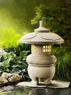 Ein sanft leuchtendes Kleinod im Asien-Stil - wunderbar für Garten, Terrasse oder Balkon. #garten #led #solar #weltbild