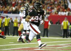Devonta Freeman is still an underrated part of Falcons' offense = When there is talk about the NFC South Division-leading Atlanta Falcons, the first thing that is normally talked about is the potent passing attack led by quarterback Matt Ryan and wide receiver Julio Jones. That is.....