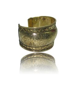 Floral Brass Cuff Traditional Print Sits comfortably around the wrist Smooth stainless steel finishing Easy to Wear Brass Cuff, Smooth, Stainless Steel, Traditional, Stylish, Floral, Easy, Earrings, Ear Rings