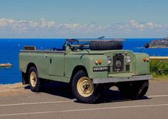 The perfect view. Let your passion inspire you. Series Land Rover 109 Serie II A without top. Classic