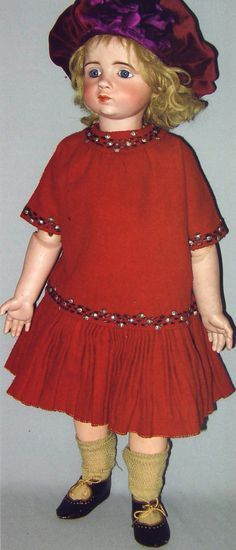 #39 Sweet Antique A. Marque doll with original costume velvet hat