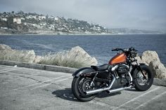 the sexy Harley Davidson 48 Harley Davidson Custom Bike, Harley Davidson News, Harley Davidson Sportster, Biker Accessories, Hd Sportster, Forty Eight, Motorcycle Companies, Harley Davison, Cafe Bike