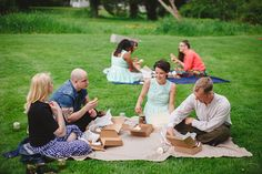 Outdoor Wedding Ideas - Picnic on the lawn | Firm Anchor | Snippet & Ink