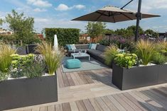 Modern, luxurious and easy-care roof terrace, # roof terrace # garden furniture # . Rooftop Terrace Design, Rooftop Garden, Terrace Ideas, Garden Ideas, Patio Ideas, Balcony Gardening, Roof Design, Garden Planning, Garden Furniture