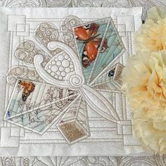 Stitch Delight: Patchwork Quiltblocks ITH All Design Sets, Baby Embroidery, Applique Embroidery Designs, Art Deco Borders, Stitch Delight, Floral Font, Butterfly Stitches, Fish Quilt, Celtic Designs, Quilting Designs