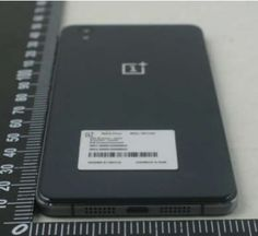 """Technology Indonesia Unannounced OnePlus smartphone gets snapped at the FCC, showing several hints about this upcoming device. According to this leaked picture, the model number for the device is One This OnePlus device comes with """"uknown"""" Latest Gadgets, Tech Gadgets, Best Android Phone, Android Phones, Smartphone, Time Pictures, Apps, Latest Technology, Technology News"""