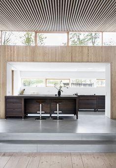 Architect Nikolaj Rahbek Ernst designed a home for a family who wanted a modern interpretation of a house. 1960s House, Interior Minimalista, Interiors Magazine, Dere, Scandinavian Home, Interior Design Kitchen, Interior Modern, Interiores Design, Interior Inspiration