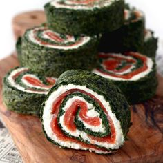 This grain free spinach roulade with smoked salmon and lemon cream cheese is surprisingly easy to make and usually disappears within minutes from any cold buffet! Added bonus: You can easily make t...