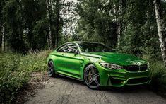 Download wallpapers BMW M4, forest, 4k, 2018 cars, F82, supercars, green M4, BMW