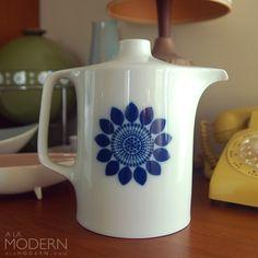 Hutschenreuther Blaue Sonne Coffee Pot Danish Style.