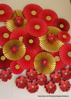 30 Best Inspiring Lunar New Year Decoration Ideas - Elevatedroom Chinese Theme Parties, Chinese New Year Party, Chinese New Year Decorations, New Years Decorations, New Years Party, Chinese Wedding Decor, Chinese New Years, Japanese New Year, New Year's Crafts
