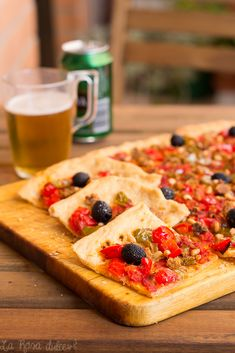 Coca de tomate y pimiento típica valenciana | la Rosa dulce Local Bars, Spanish Tapas, Pepperoni, Coco, Vegetable Pizza, Wines, Appetizers, Sweets, Recipes