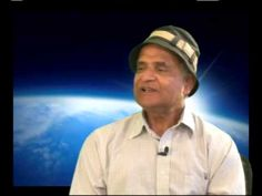 What is Quantum Activism? with Dr Amit Goswami Quantum Consciousness, Everything Is Energy, Spirit Science, Quantum Mechanics, Quantum Physics, Believe In God, Knowing God, New Perspective, Revolutionaries