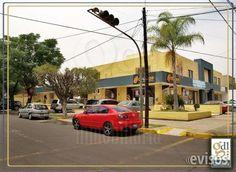 Local en Ladrón de Guevara frente Iglesia $7,000  En renta local comercial, cuenta con piso laminado, baño ingreso y frente de cristal, cortina ...  http://guadalajara-city-2.evisos.com.mx/local-en-ladron-de-guevara-frente-iglesia-7-000-id-616363