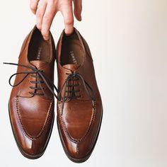 The beauty of @zonkeyboot Russian grain split toes. c/o a GMTO through @miloh.shop. . . . #zonkeyboot #burzanhands #milohshop #rakish #rakishgent #dailylast #goodyearwelt #goodyearwelted #classicmenswear #stylishmen #menstailoring #stylishgent #madetobeworn #styleforum #mensshoes #mnswr #shoeshine #shineyourshoes #shoegazing #ptoman #shoegazingblog #shoesoftheday #shoestagram #mensweardaily #menswearblog #shoecare #sprezzatura #sartorial Your Shoes, Men's Shoes, Dress Shoes, Men Wear, Goodyear Welt, Stylish Men, Oxford Shoes, Lace Up, Hands