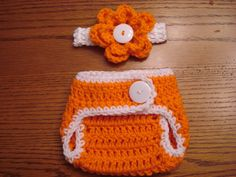 Found this matching set on listia.  Totally Adoreable!  Too bad the diaper cover isn't waterproof, it's just for show. :(
