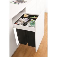 Wesco Pullboy-Z - Pull Out Bin 80L, 600mm Door - Binopolis