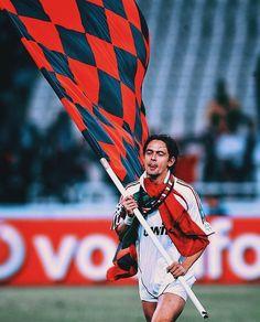 Certe emozioni che solamente tu ci facevi provare.. ❤️🖤 #inzaghi #curvasudmilano #milan #weareacmilan Legends Football, Ac Milan, Roger Federer, Grande, Sports, Instagram, Legends, Hs Sports, Sport